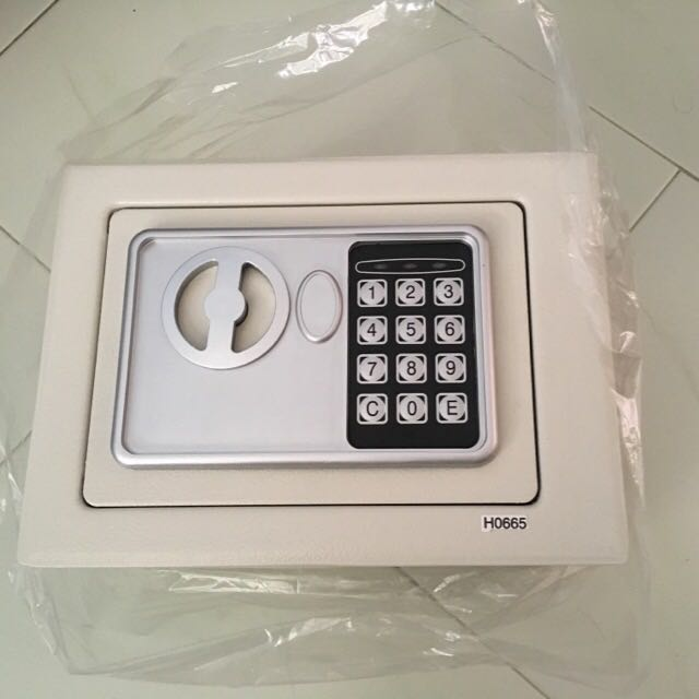 Digital Safe Box2