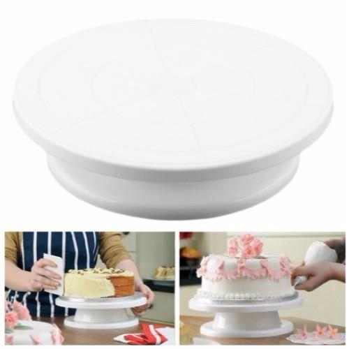 rotating cake stand